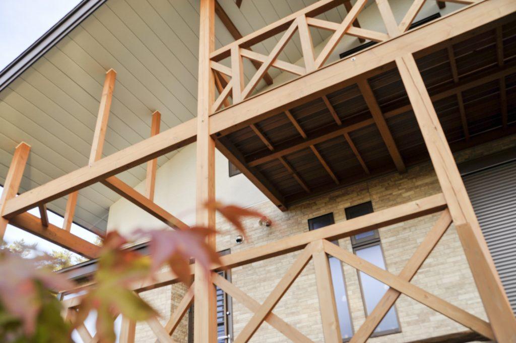 木造 バルコニー