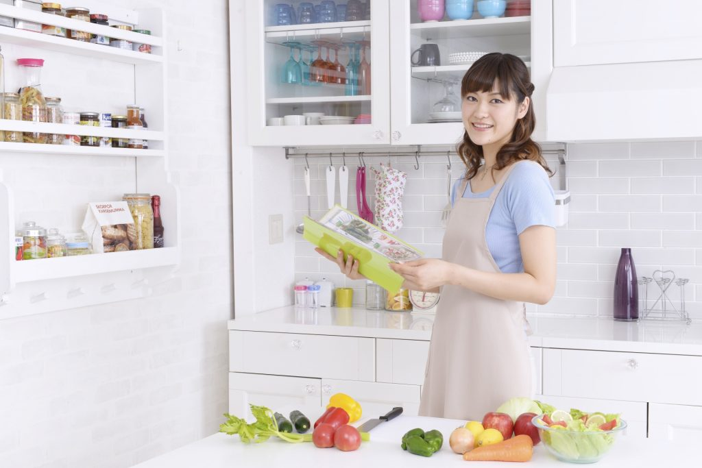 キッチン 収納棚 リフォーム