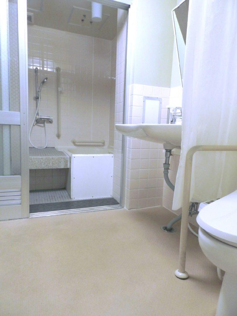 狭小住宅 浴室 バリアフリー