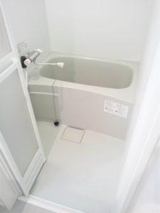 浴室 折れ戸