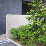 玄関の目隠し壁をおしゃれに安全にできる!目的別のチェックポイント