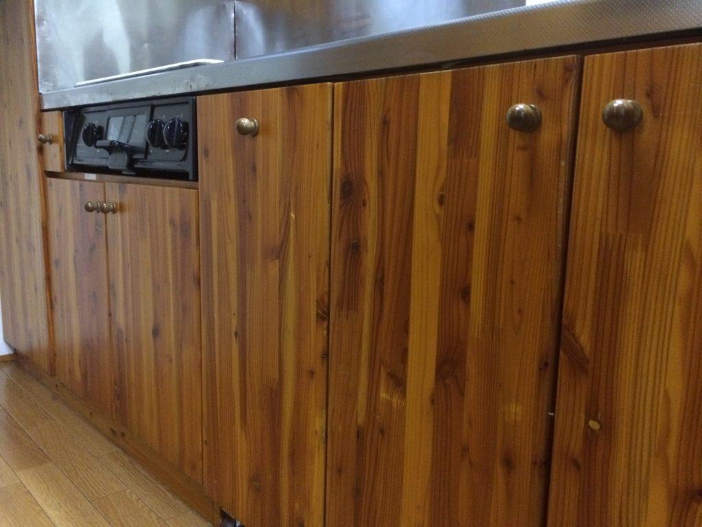 キッチン 扉 DIY